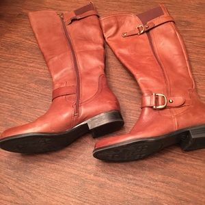 Saddle brown tall leather riding boots 7 wideshaft